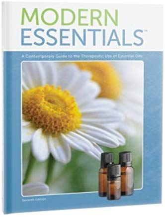 Modern Essentials: A Contemporary Guide to the Therapeutic Use of Essential Oils (7th Edition, Oct. 2015) Cover