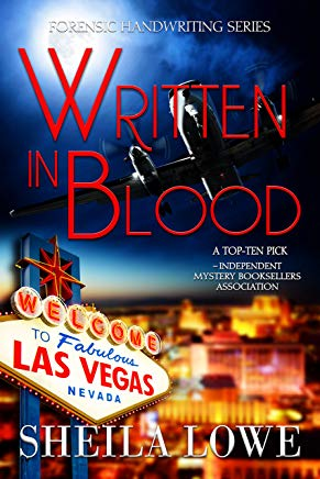 Written in Blood (Forensic Handwriting Mystery Book 2) Cover